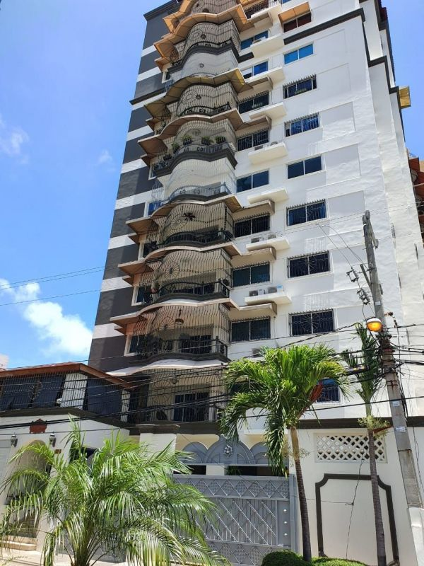 Torre en zona metropolitana, próximo a Bella Vista Mall.  | Bienes Raices Republica Dominicana