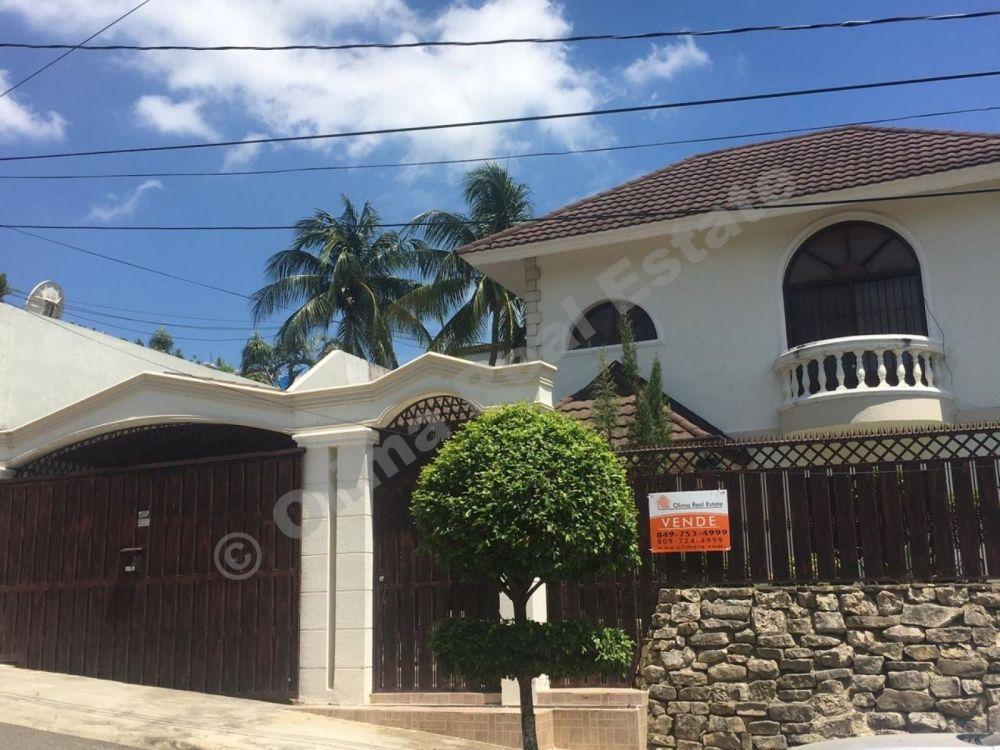 Se vende casa con excelente ubicación  | Bienes Raices Republica Dominicana